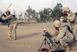 http://2.bp.blogspot.com/_OKlwl3vK8K8/SK-bn7qlTJI/AAAAAAAAAbo/AGwZGwHJiko/s320/military+humour.jpg