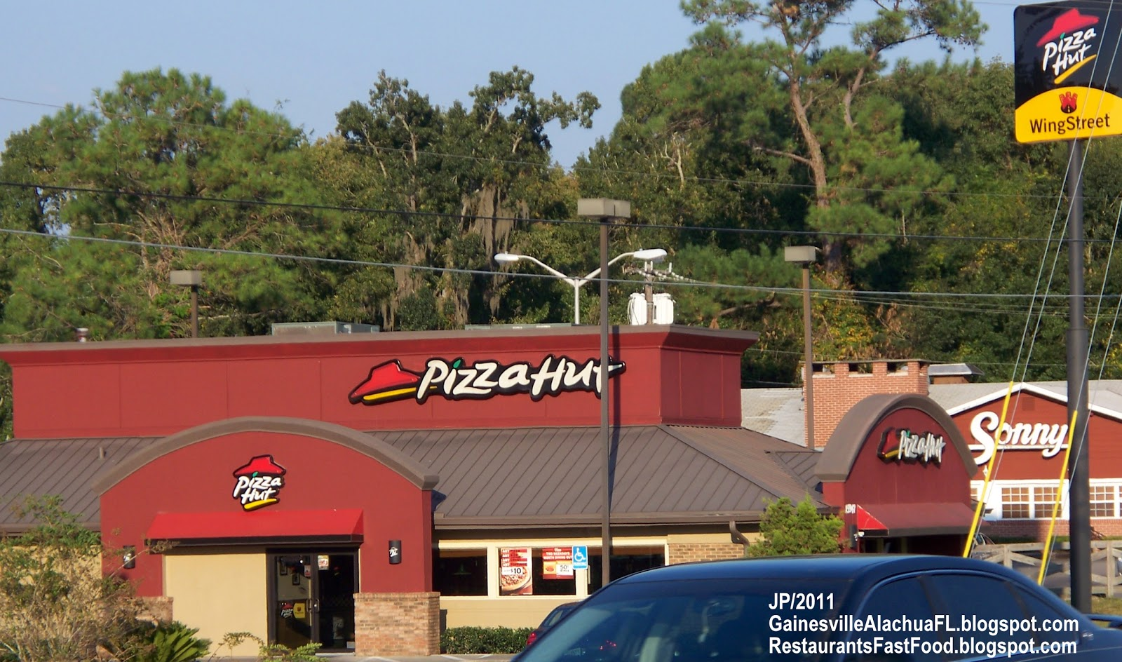 Pizza Hut customer service phone numbers and support