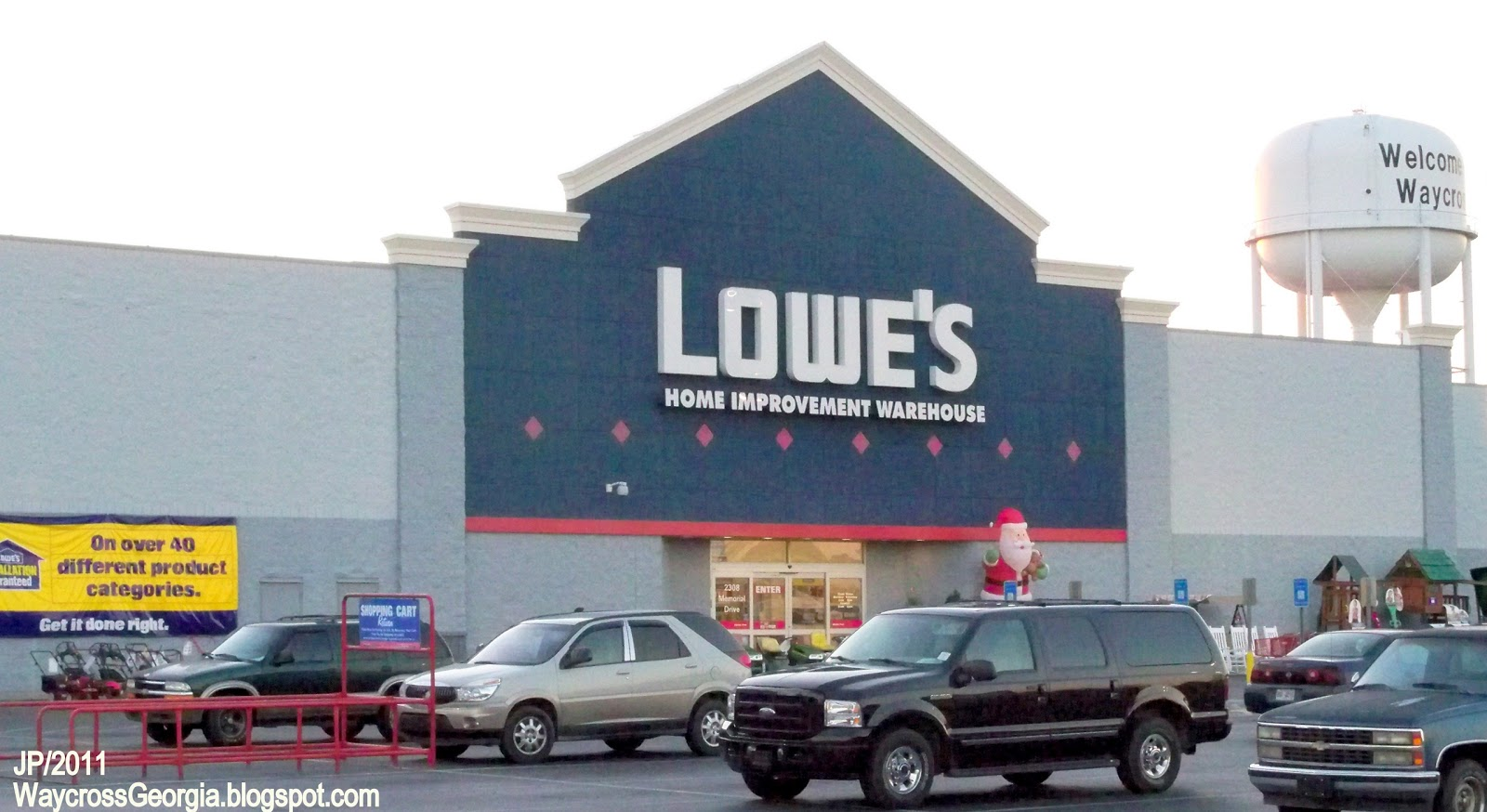 Great Lowe's Home Improvement Store 1600 x 874 · 205 kB · jpeg