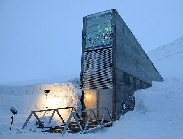 Pintu Masuk Tempat Penyimpanan Rahasia Bawah Tanah Di Dekat Kutub   Utara