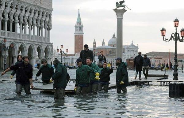 Banjir di kota Venesia