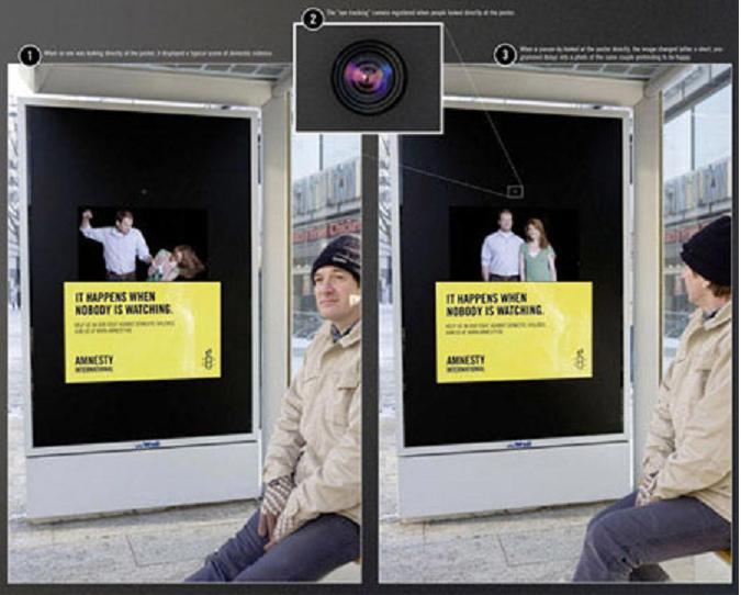 Iklan Kekerasan Dalam Rumah Tangga Di Halte Bis