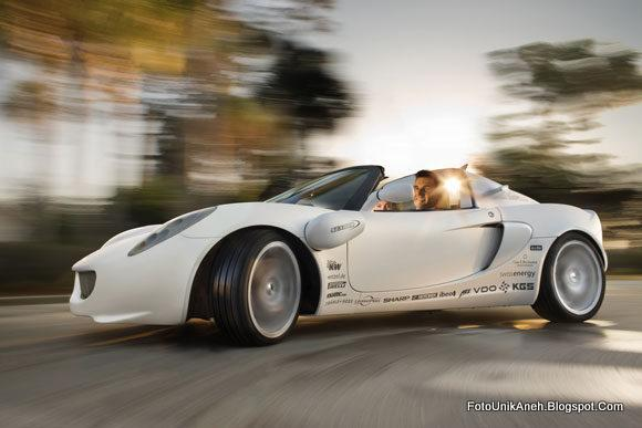 Mobil Unik Yang Bisa Menyelam Dan Ramah Lingkungan