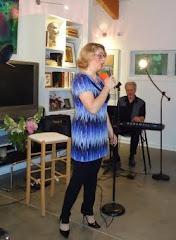 Ellen Sings, May 16, 2010