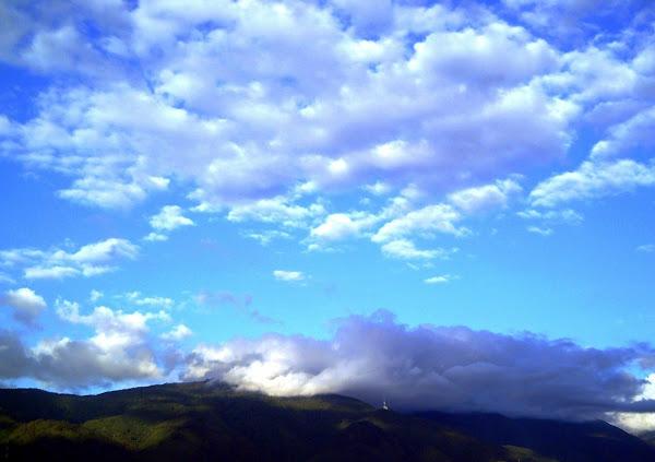¿Quién dejó pasar esas nubes...