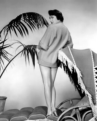 Julia Adams AKA Julie Adams was gorgeous, pants or no pants.