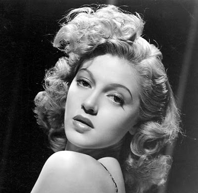 Young Lana Turner. Wow!