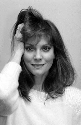 Leslie Ann Warren