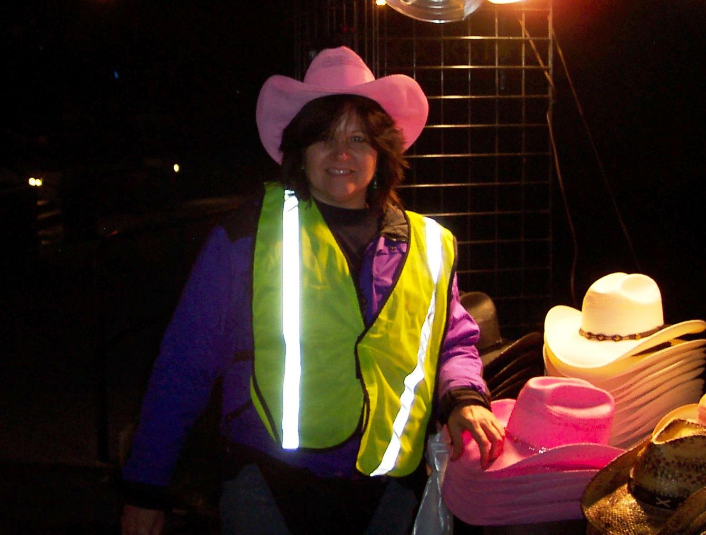 http://2.bp.blogspot.com/_ORfPQ2wD49I/TBe1PK1KjII/AAAAAAAAAoQ/LMOggSIHUdw/s1600/Me+in+pink+hat.JPG