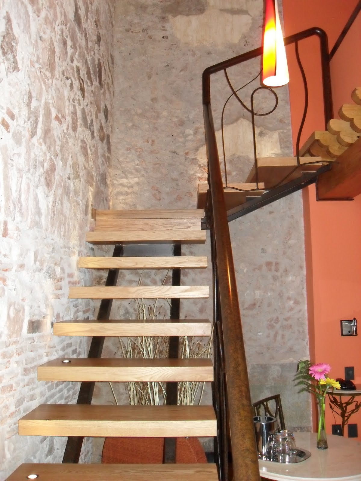 Decoraciones finas de interiores y exteriores escalera for Pasamanos de escaleras interiores