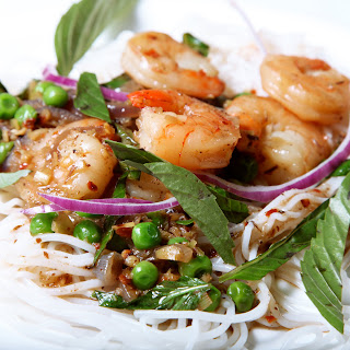 The 10 cent Diet: Curry Coconut Shrimp with Basil & Rice Noodles