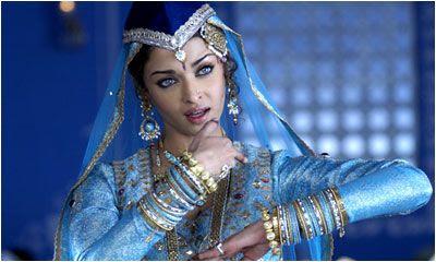 dancing aishwarya roy