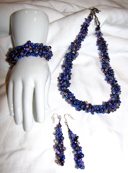 Crocheted Jewelry with Wire and Glass Beads