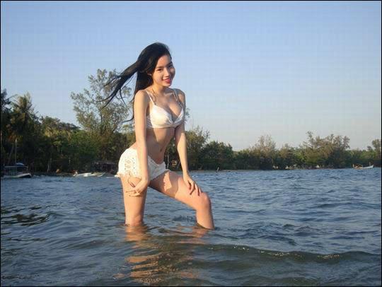 elly tran ha in bikini hot images