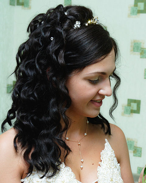 Letting The Hair Down! Modern Bridal Hairstyle