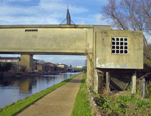 Gainsborough School footbridge