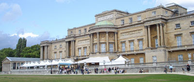 the back of Buckingham Palace