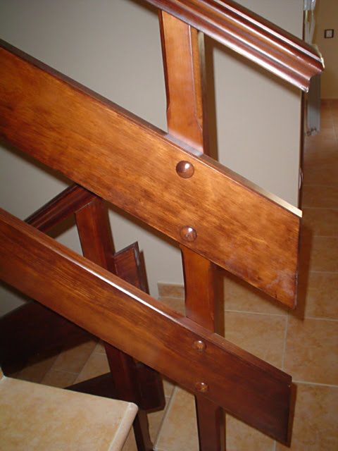 Barandilla de madera de pino muebles cansado zaragoza carpintero ebanista artesano - Barandillas madera ...