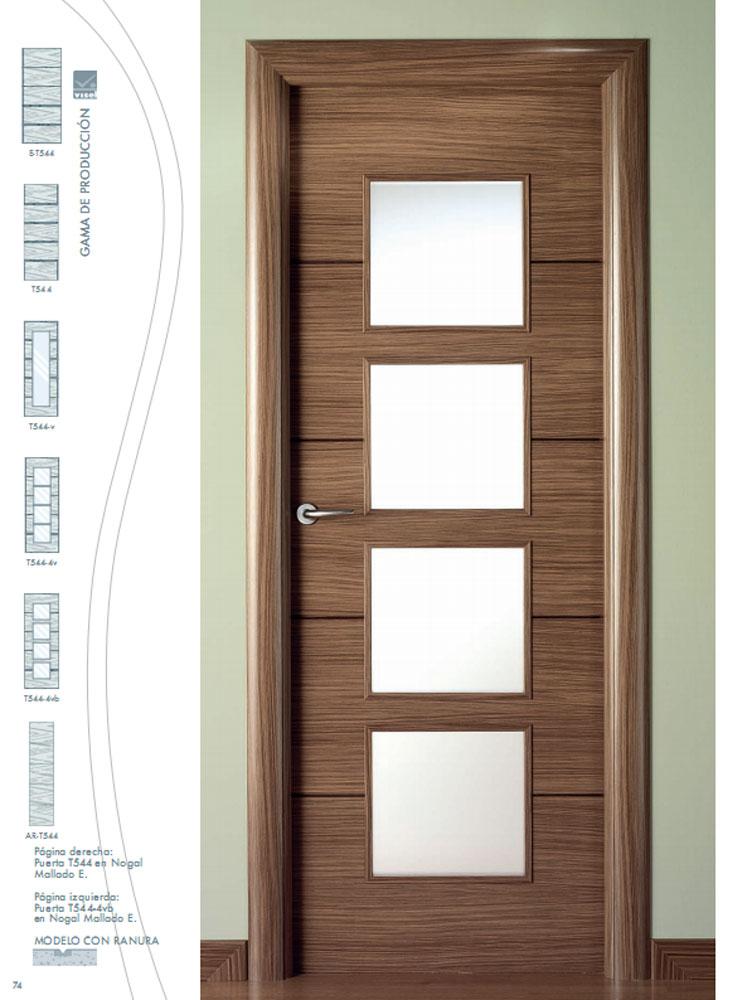 Modelo de puertas de madera interiores le ofrecemos for Modelos de puertas para interiores