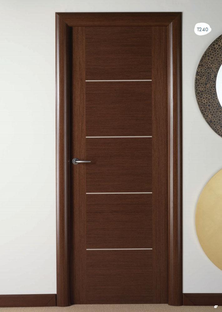 Distribuidores de puertas visel artideco puertas de madera suelos laminados y armarios en - Puertas madera interiores ...