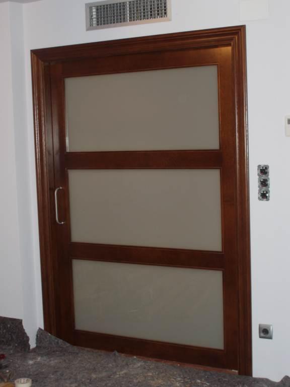Decorar cuartos con manualidades ruedas de puertas - Pintar puerta galvanizada ...