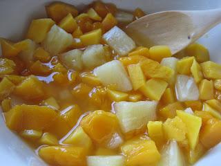 foto Tropical Mango and Rum Trifle Recipe