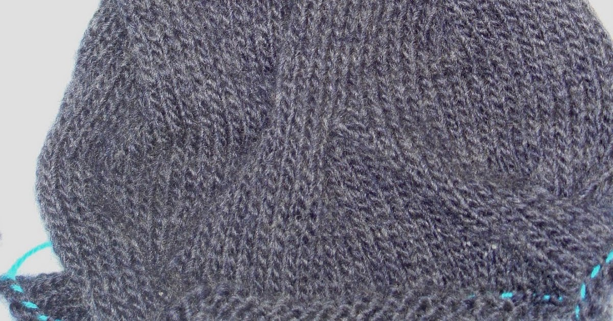 GATARIA: Burberry Inspired Cowl