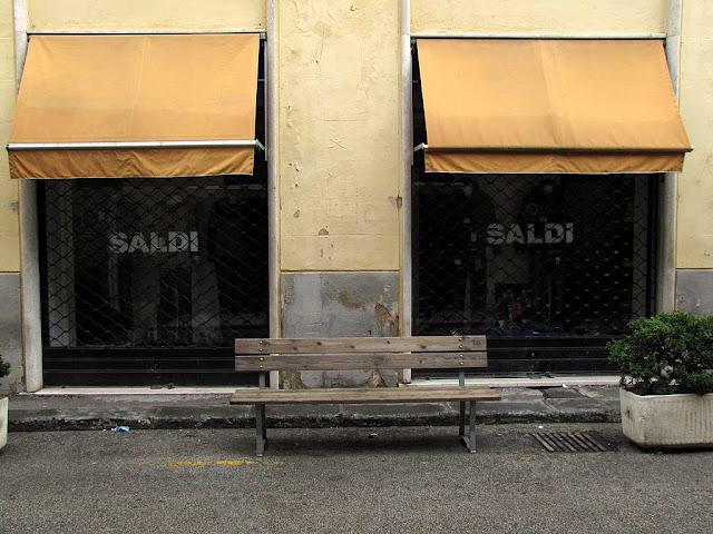 Saldi / sales bench, Livorno
