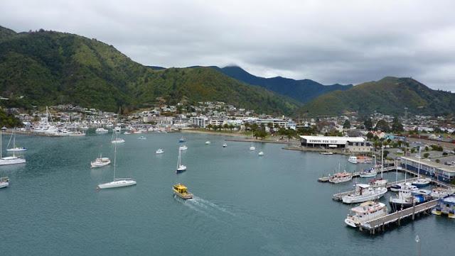 Al abandonar cualquiera de las islas de Nueva Zelanda la tristeza se abre paso con recato