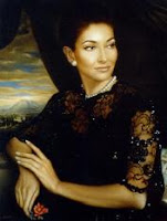 Joyas y collar de perlas de la soprano griega Maria Callas