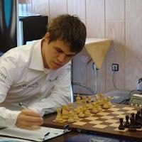 Magnus Carlsen en el IV Torneo Regilor de Ajedrez