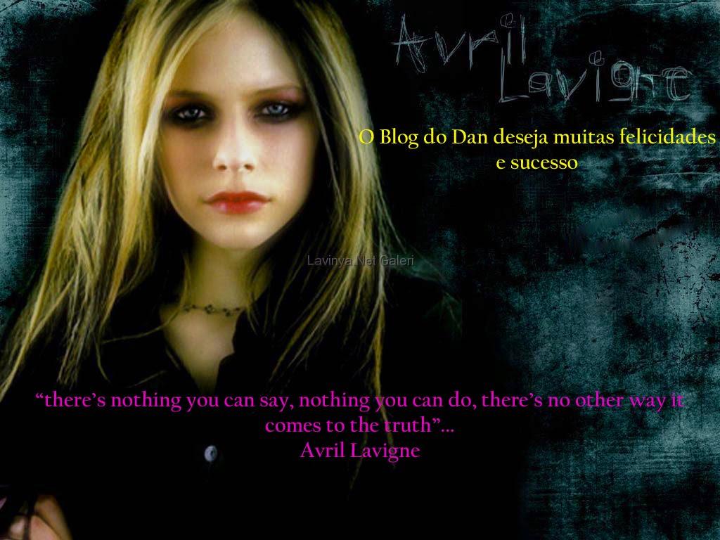 http://2.bp.blogspot.com/_OdGVRpCYTk4/TKDLChq5xDI/AAAAAAAAAkE/IThm6eUT7d8/s1600/Avril_Lavigne_390.jpg