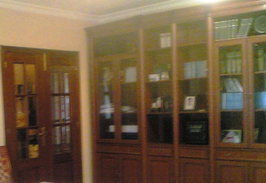 Venta mobiliario por traslado urgente mueble libreria for Mueble libreria salon
