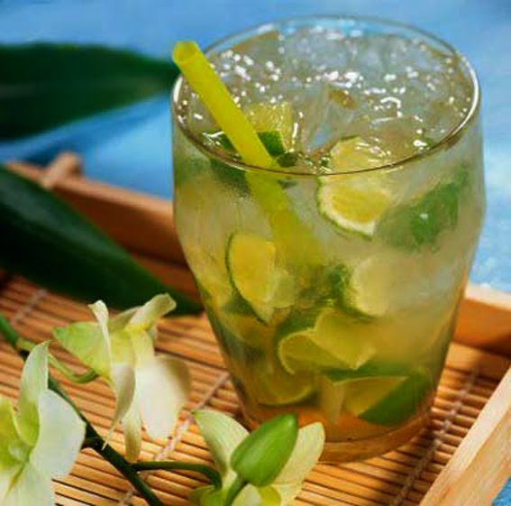 RECIPE - Caipirinha (The Classic Recipe)