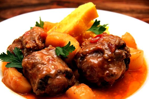 Flavors of Brazil: RECIPE - Mineiro-style Oxtail Stew (Rabada)