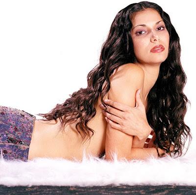 roselyn sanchez bio. #39;Sexy neferteri shepherd