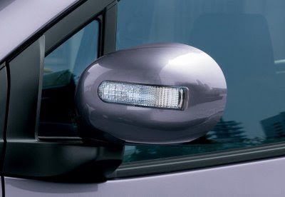 Maruti Cervo Side Glass
