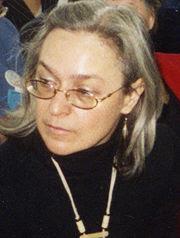 Anna Politkovskaia, ziarista martir ucisa de clanul Putin chiar de ziua ei