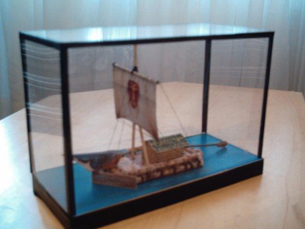Embarcação Kon tiki