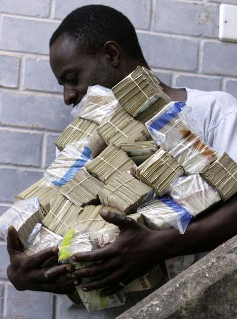 http://2.bp.blogspot.com/_OhF9OpDsgfs/Sgp3R27OyRI/AAAAAAAACEM/SJxH5Dzc4A4/s1600/zimbabwe-cash-inflation.jpg
