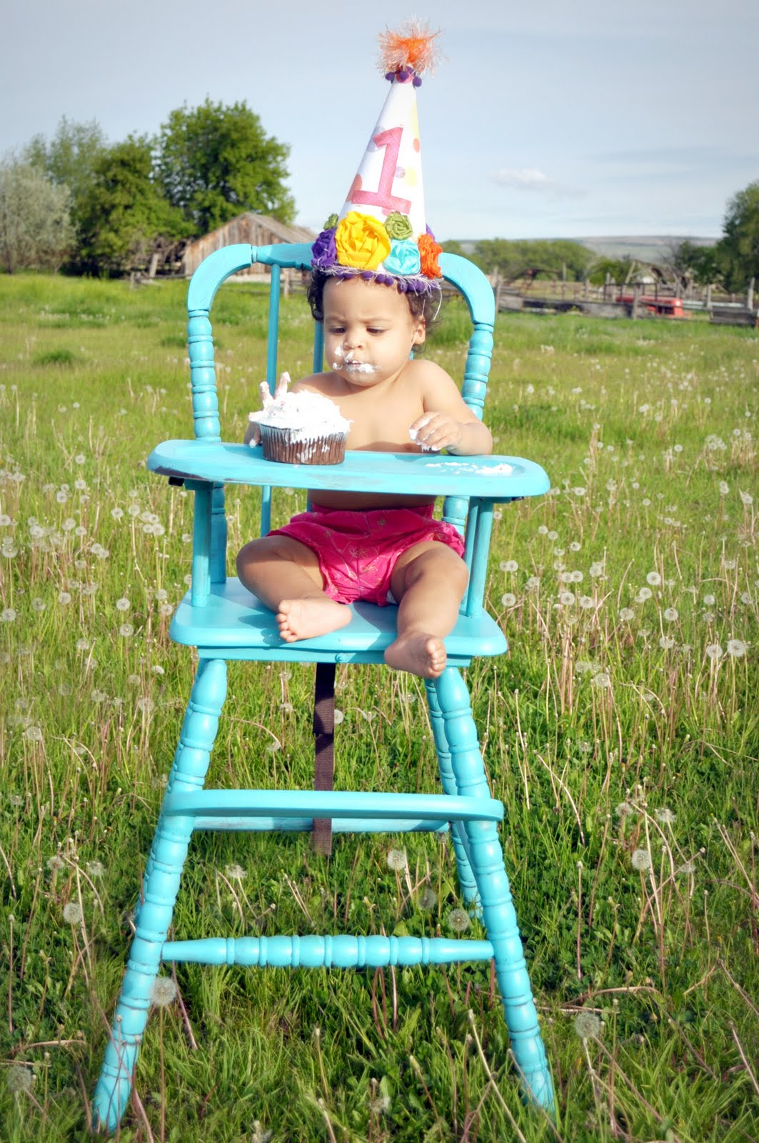 Painted wooden high chairs - Don T You Just How Fresh A Coat Of Paint Can Make Things