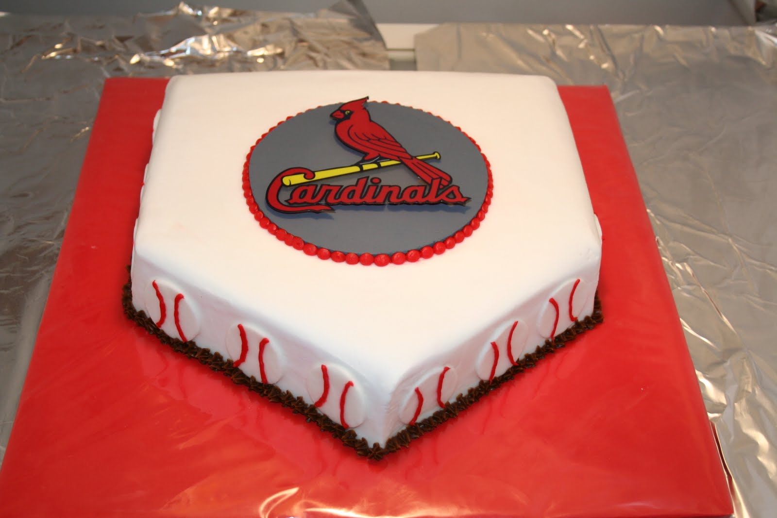 Love Eden Cake St Louis Cardinals Cake