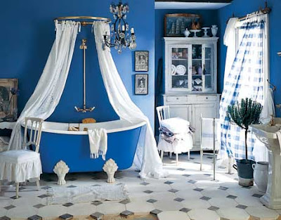 Site Blogspot  Bath Room Decor on Love Small Floral Touches Throughout The House