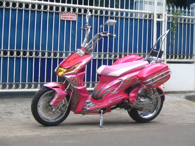 Popular Modifikasi Motor Pink Touring Honda Beat Retro Modif