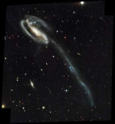 Foto da Galáxia Girino