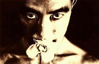 Yukio Mishima Eiko Hosoe Torture By Roses photo fotografia literatura