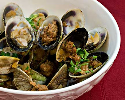 Fennel-Steamed Clams with Italian Sausage