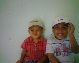 Ade Ridho dan Kakak UJ (Fau)