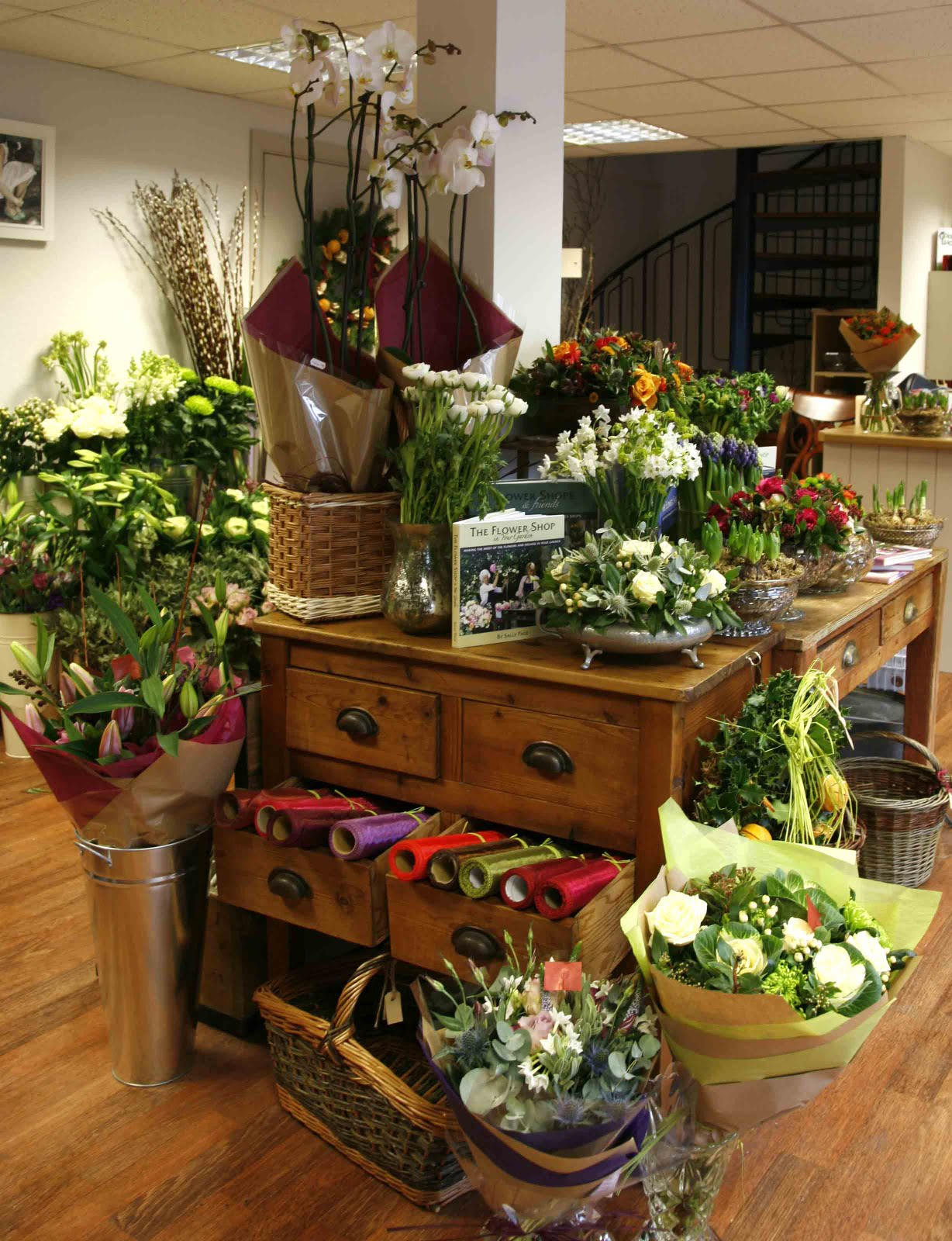 1000 images about My flower shop design inspiration on Pinterest