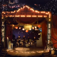 Coldplay - Christmas Lights - Video y Letra - Lyrics